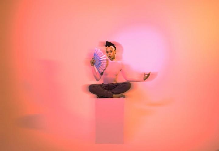 """U.K. R&B Singer Taliwhoah Releases New Video """"Meds"""""""