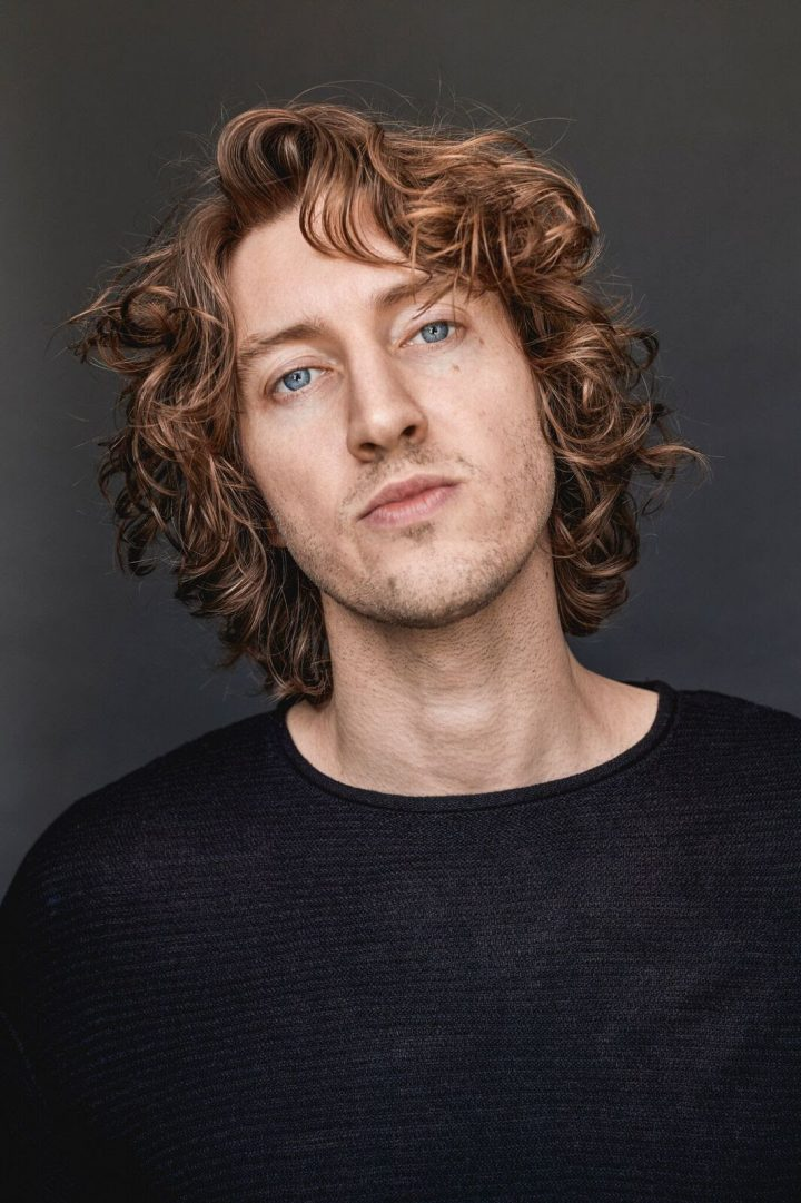 Dean Lewis – Heads Out on US Tour (#1 Streamed Singer – Songwriter Globally)
