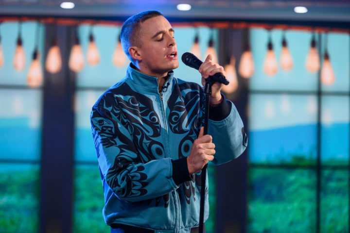 DERMOT KENNEDY PERFORMS 'OUTNUMBERED' LIVE ON TODAY